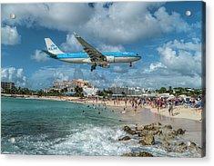 K L M A330 Landing At Sxm Acrylic Print