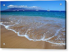 Acrylic Print featuring the photograph Ka'anapali Waves by Kelly Wade