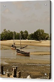 Lamu Island - Wooden Fishing Dhows At Low Tide With Pier - Antique Acrylic Print