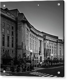Acrylic Print featuring the photograph Late Evening At The Ronald Reagan Building In Black And White by Greg Mimbs