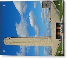 Liberty Memorial On A Perfect Day Acrylic Print