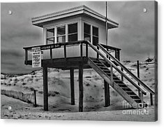 Lifeguard Station 2 In Black And White Acrylic Print by Paul Ward