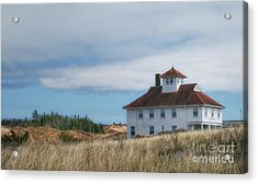 Acrylic Print featuring the photograph Lighthouse Residence by Gina Cormier