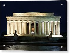 Lincoln Memorial At Twilight Acrylic Print by Andrew Soundarajan