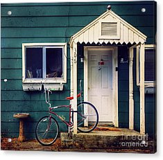 Acrylic Print featuring the photograph Livingston Bicycle by Craig J Satterlee