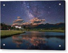 Milky Way Over The Omni Mount Washington Acrylic Print