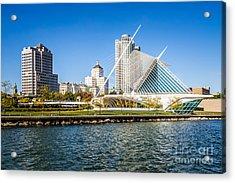Milwaukee Skyline Photo With Milwaukee Art Museum Acrylic Print by Paul Velgos