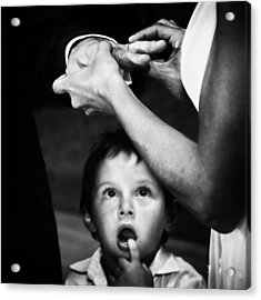 Mom, Dad, What's Going On?? Acrylic Print by Santiago Trupkin