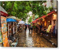 Acrylic Print featuring the photograph Montmartre Art Market, Paris by Carl Amoth