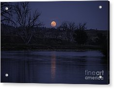 Moon Rise Over The Tongue Acrylic Print by Shevin Childers