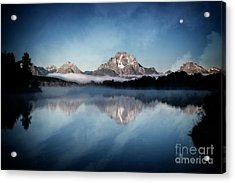Acrylic Print featuring the photograph Moonset by Scott Kemper