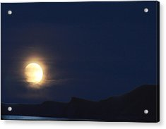 Acrylic Print featuring the photograph Moonrise On Lake Mead 2 by Marie Leslie