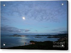 Moonrise Over Kaneohe Bay Acrylic Print by Charmian Vistaunet