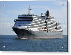 Acrylic Print featuring the photograph Ms Queen Victoria Approaching by Bradford Martin