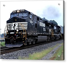 Norfolk Southern 9184 Through Stockbridge Georgia Acrylic Print