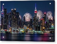 Acrylic Print featuring the photograph Nyc 4th Of July Fireworks Celebration by Susan Candelario