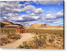 Acrylic Print featuring the photograph Old Cabin At Rhyolite by James Eddy