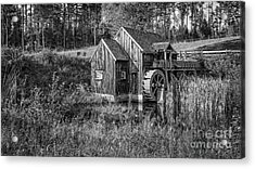 Old Grist Mill In Vermont Black And White Acrylic Print