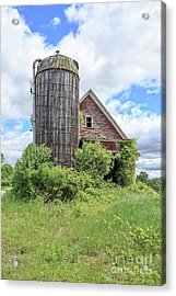 Old Historic Barn In Vermont Acrylic Print