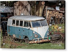 Old Vw Hippy Bus In Vermont Acrylic Print