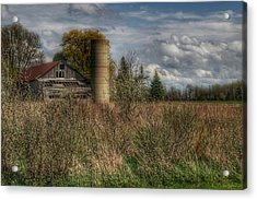 0034 - Old Wooden Barn And Silo Acrylic Print