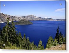 Oregons Crater Lake Acrylic Print by Larry Keahey