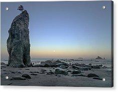 Pacific Coast Moonset  Acrylic Print by Geoffrey Ferguson