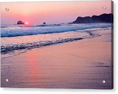 Pink Sky In Zipolite Acrylic Print by Lyle Crump