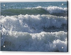 Acrylic Print featuring the photograph Pounding Surf by Cliff Wassmann