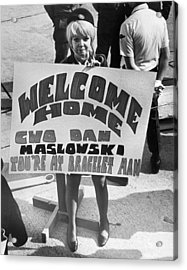 Pows Arrive Home Acrylic Print by Underwood Archives