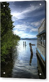 Priest Lake Houseboat 7001 Acrylic Print by Jerry Sodorff