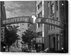 Acrylic Print featuring the photograph Printers Alley by Robert Hebert