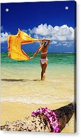 Punaluu Beach Vacation Acrylic Print by Tomas del Amo - Printscapes