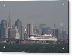 Queen Mary 2 Acrylic Print by Christopher Kirby