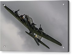 Raf Scampton 2017 - B-17 Flying Fortress Sally B Turning Acrylic Print