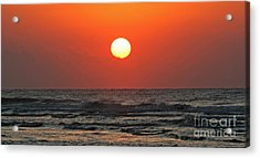 Red Sky At Morning Acrylic Print