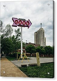 Retro Parking Sign In St. Louis, Mo Acrylic Print by Dylan Murphy