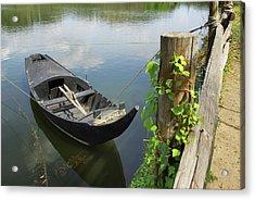Row Boat On The Shoreline Acrylic Print by Carlos Caetano