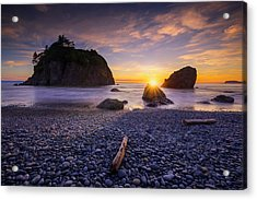 Acrylic Print featuring the photograph Ruby Beach Dreaming by Dan Mihai