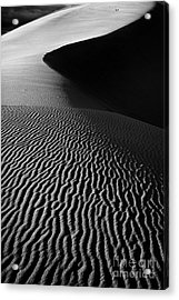 Sand Creation - Black And White Acrylic Print by Hideaki Sakurai