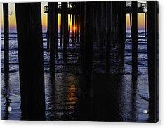 Setting Sun Pismo Beach Acrylic Print by Garry Gay