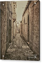Acrylic Print featuring the photograph Side Street Malta by Charles McKelroy