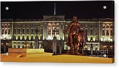 Statues View Of Buckingham Palace Acrylic Print by Terri Waters