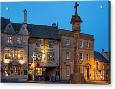 Acrylic Print featuring the photograph Stow On The Wold - Twilight by Brian Jannsen