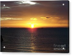 Sunset At Pacific Shores Acrylic Print by Dindin Coscolluela