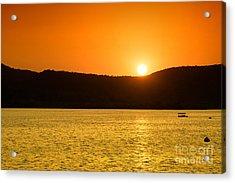 Acrylic Print featuring the photograph Sunset At Pichola Lake by Yew Kwang