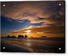 Sunset At Tofino Acrylic Print by Detlef Klahm