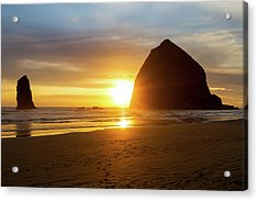 Sunset By Haystack Rock At Cannon Beach Acrylic Print by David Gn
