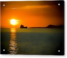Acrylic Print featuring the photograph Sunset On The Sea by Dale Stillman