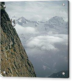 T-404101 Climbers On Sleese Mountain Acrylic Print